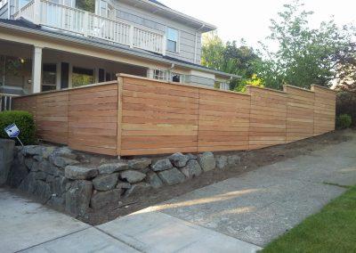Horizontal-Clear-Cedar-fencing
