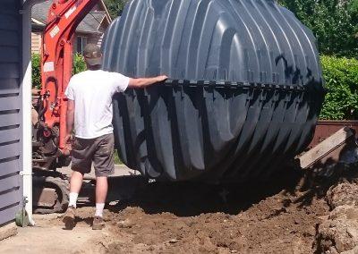 setting-rainwater-harvesting-tank-min